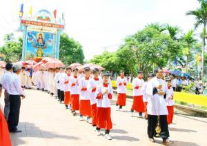 den-thanh-hung-nghia-chau-2017-19